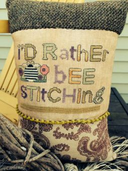 Amy Bruecken Designs - I'd Rather Bee Stitching