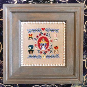 Bendy Stitchy Designs - Literary Alice