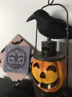 Darling & Whimsy Designs - Quirky Quaker 3 - Bat