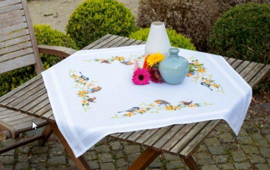 Vervaco - Tischdecke Heimische Singvögel