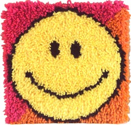Caron Knüpfpackung - Smiley Face