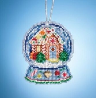 Mill Hill - Gingerbread House Snow Globe