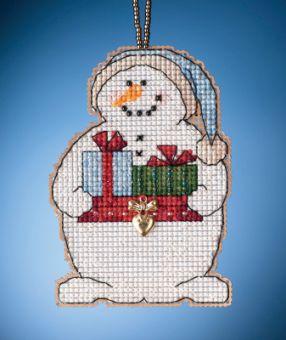 Mill Hill - Giving Snowman (2021)