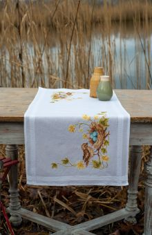 Vervaco - TABLE RUNNER KIT LITTLE BIRD IN NEST