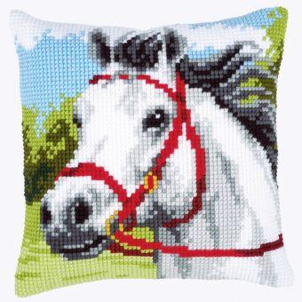 Vervaco Kreuzstichkissen - Weißes Pferd
