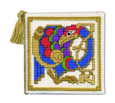 Textile Heritage - Celtic Bird Nadeletui