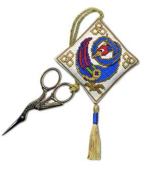 Textile Heritage - Celtic Bird Scherenanhänger
