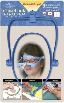 Lupenbrille mit verschiedenen Aufsätzen