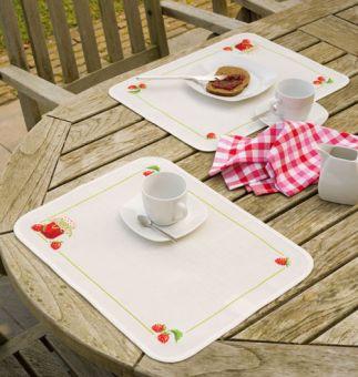Super SALE Vervaco - Tischset 2 Platzdeckchen Erdbeere