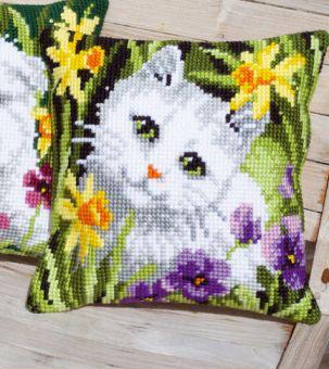 Vervaco Kreuzstichkissen - Weiße Katze mit Osterglocken